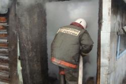 Спасатели МЧС России ликвидировали пожар в частной хозяйственной постройке в Прокопьевском ГО