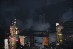 Спасатели МЧС России ликвидировали пожар в частной хозяйственной постройке в Юргинском МО
