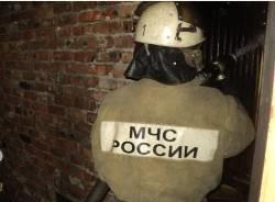 Спасатели МЧС России ликвидировали пожар в частном нежилом здании в Междуреченском ГО