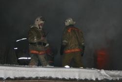 Спасатели МЧС России ликвидировали пожар в частной бане в Таштагольском МР