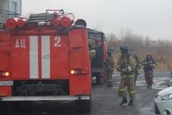 Спасатели МЧС России ликвидировали пожар в частном легковом автомобиле в Кемеровском МО