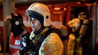 Спасатели МЧС России ликвидировали пожар в частном жилом доме на двух хозяев в Беловском ГО