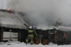 Спасатели МЧС России ликвидировали пожар в частном жилом доме в Юргинском ГО
