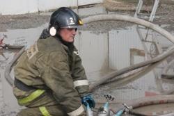 Спасатели МЧС России ликвидировали пожар в муниципальном многоквартирном жилом доме в Киселевском ГО
