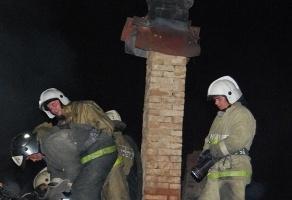 Спасатели МЧС России ликвидировали пожар в частной хозяйственной постройке в Киселевском ГО