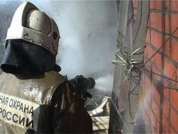 Спасатели МЧС России ликвидировали пожар в частном жилом доме в Крапивинском муниципальном округе