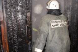 Спасатели МЧС России ликвидировали пожар в частной хозяйственной постройке в Тяжинском муниципальном округе