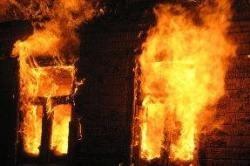 Спасатели МЧС России ликвидировали пожар в частном дачном доме, хозяйственной постройке в Анжеро-Судженском ГО