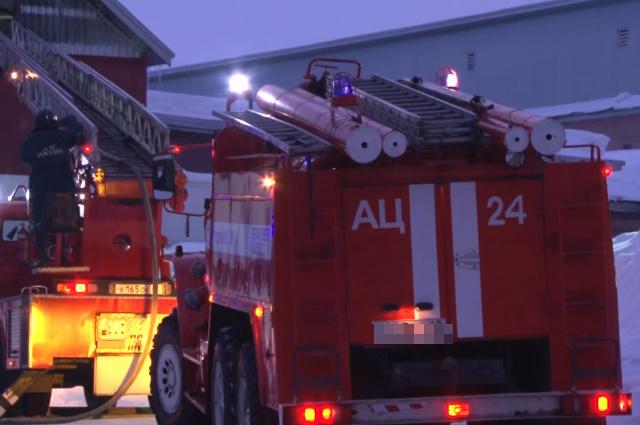 Спасатели МЧС России ликвидировали пожар в частном жилом доме, хозяйственной постройке в Кемеровском МО