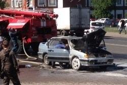 Спасатели МЧС России ликвидировали пожар в частном автомобиле в Тяжинском МО