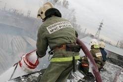 Спасатели МЧС России ликвидировали пожар в частной хозяйственной постройке в Гурьевском МО