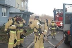 Спасатели МЧС России ликвидировали пожар в муниципальном многоквартирном жилом доме в Мысковском ГО