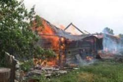 Спасатели МЧС России ликвидировали пожар в частном жилом доме в Промышленновском МО