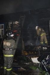 Спасатели МЧС России ликвидировали пожар в частной хозяйственной постройке в г.Гурьевск