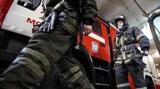 Спасатели МЧС России ликвидировали пожар в частном жилом доме, хозяйственной постройке в Беловском ГО